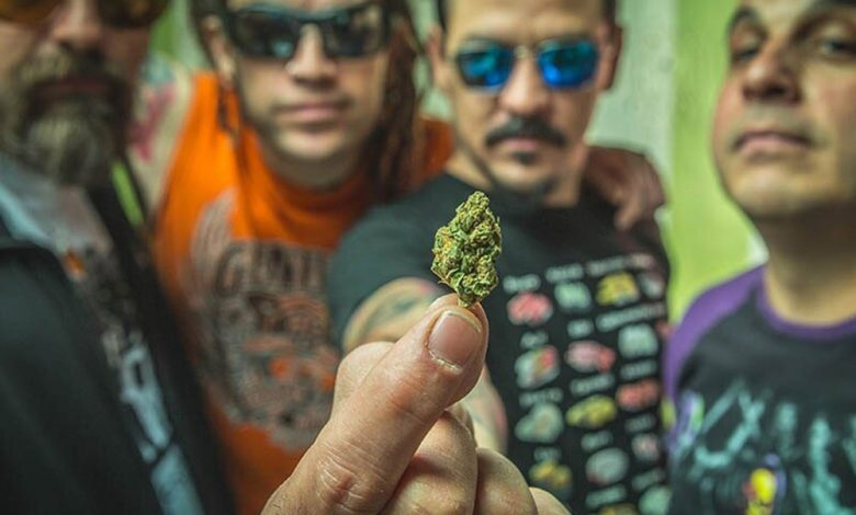 Photo of Esta banda de rock ve positiva la legalización de la marihuana